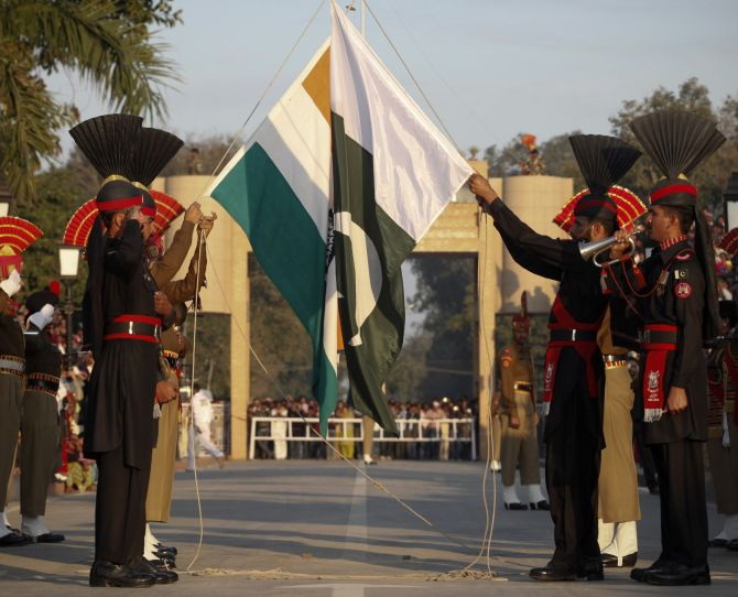 Can India Retaliate Against Pakistan Without Derailing Political Communication with Sharif?