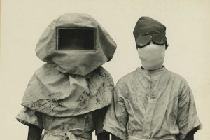 Two researchers working with the plague in Philippines, 1912. Credit: Otis Historical Archives National Museum of Health and Medicine/Flickr, CC BY 2.0