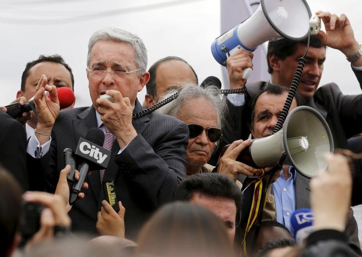 Former President Alvaro Uribe to Vote 'No' in Colombia Plebiscite