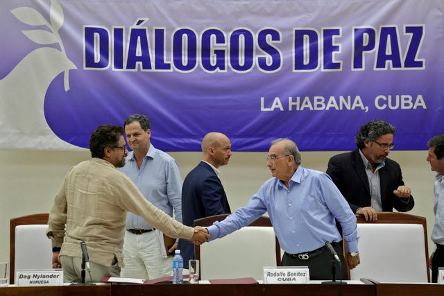 Colombian Government and FARC Agree on Demobilisation Plan