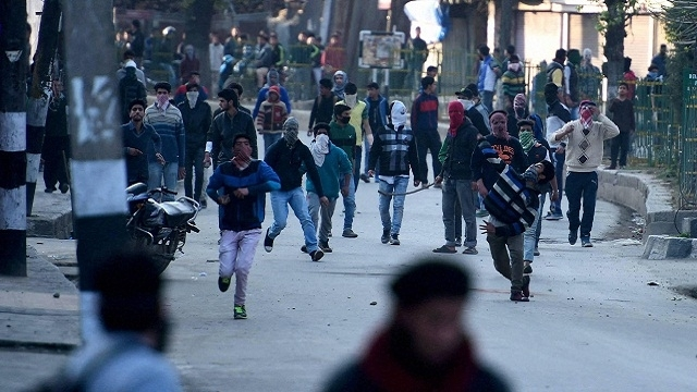 Kashmir Unrest: Teenager Killed in Fresh Clashes