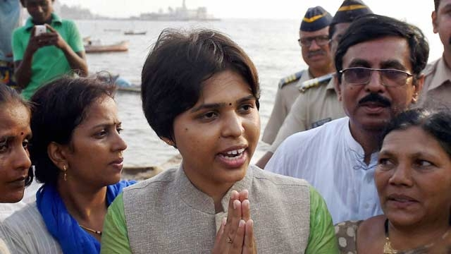 Maharashtra Activist Trupti Desai Detained On Her Way To Shirdi