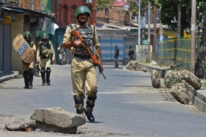 Curfew continues in Kashmir. Credit: PTI