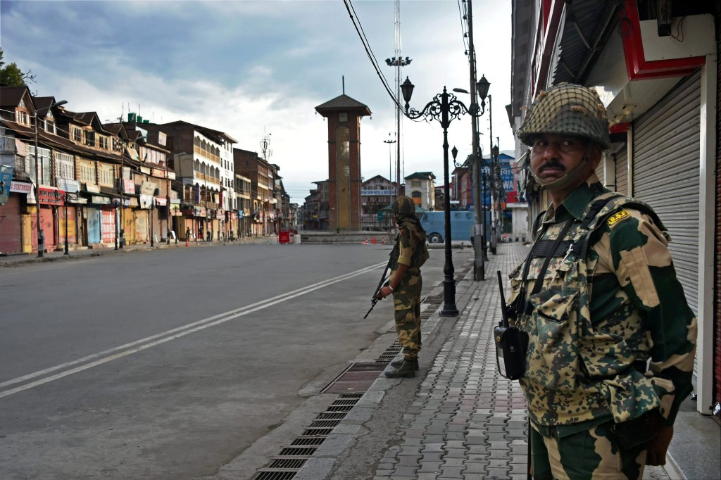 BSF officers have now been deployed to Kashmir. Credit: PTI/S. Irfan