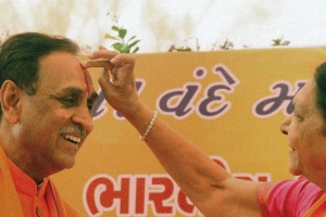 Vijay Rupani and Anandiben cropped