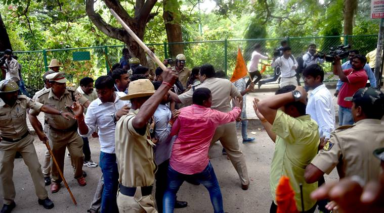 Protesting ABVP Students Lathicharged Outside Amnesty Office