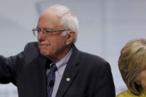 Bernie Sanders' popularity represents Americans' unhappiness with the elite who run the country and Hillary Clinton can feel it too. Credit: Reuters/Jim Young