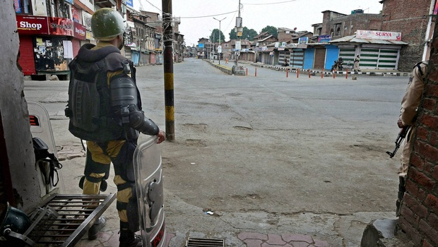 Fresh Clashes Claim Another Life in Kashmir; Curfew Lifted in Srinagar