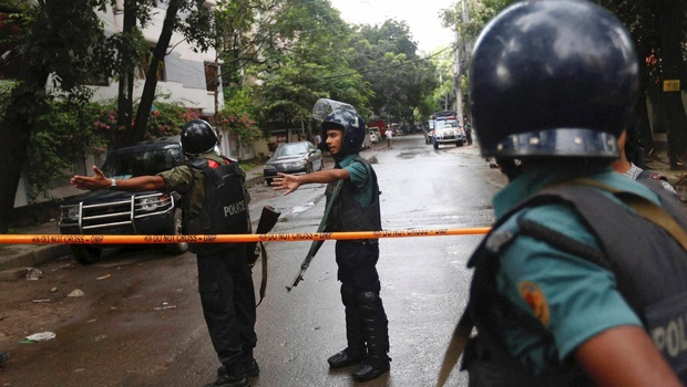 Bangladesh Police Kill Man Who 'Trained' Dhaka Cafe Attackers