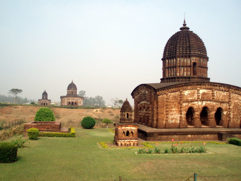 Bishnupur temples. Courtesy: indiamike.com/Pratyay Nath