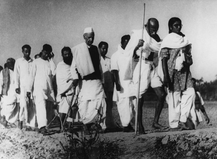 Gandhi in Noakhali, 1946. Credit: Wikimedia Commons