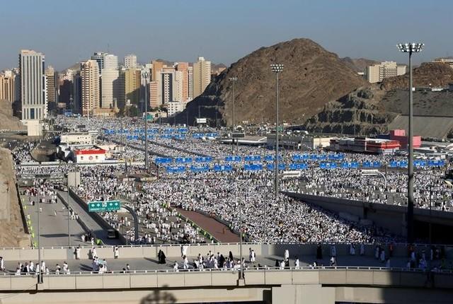 Saudi Businesses Hit by Haj Slowdown