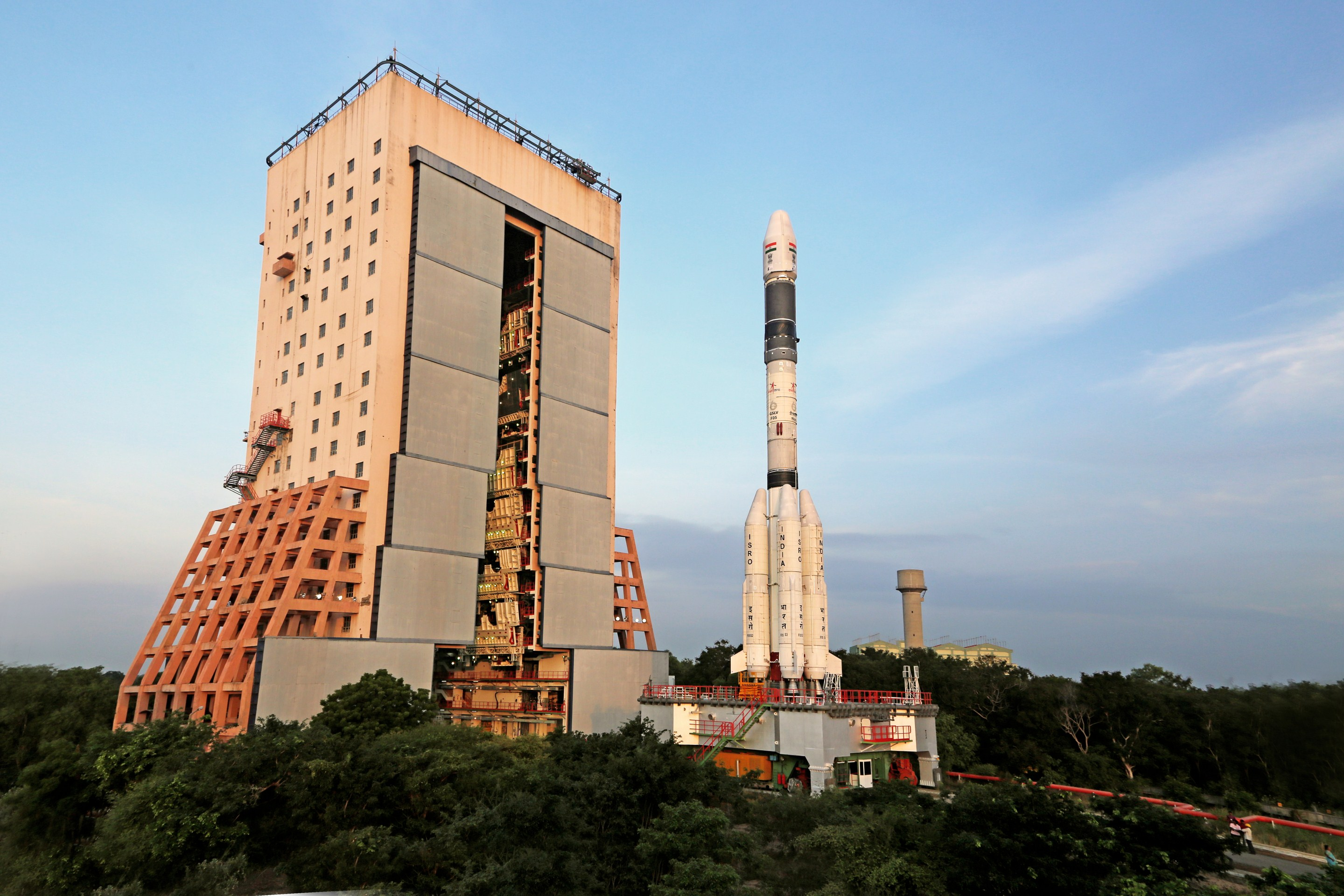 ISRO Is Working on Two Competing Reusable Launcher Designs