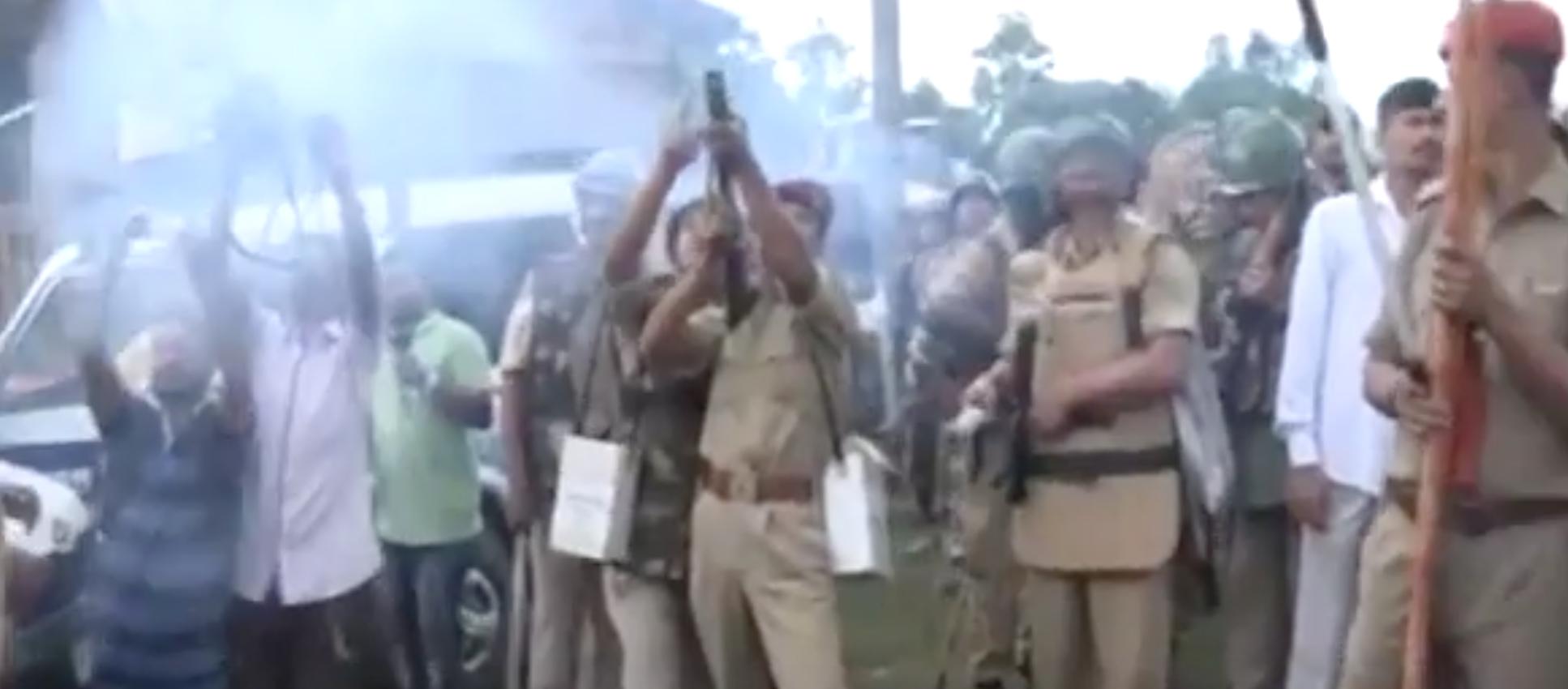 Two Killed in Police Firing Near Kaziranga, Eyewitnesses Say