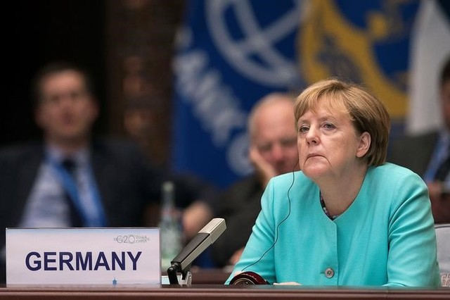 Election Debacle Shows Trouble Ahead for Merkel Over Pro-Refugee Stance