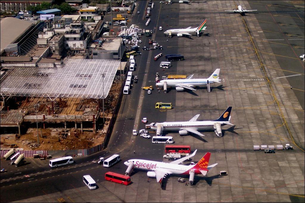 Australia, Canada, UK Issue New Travel Advisories for India