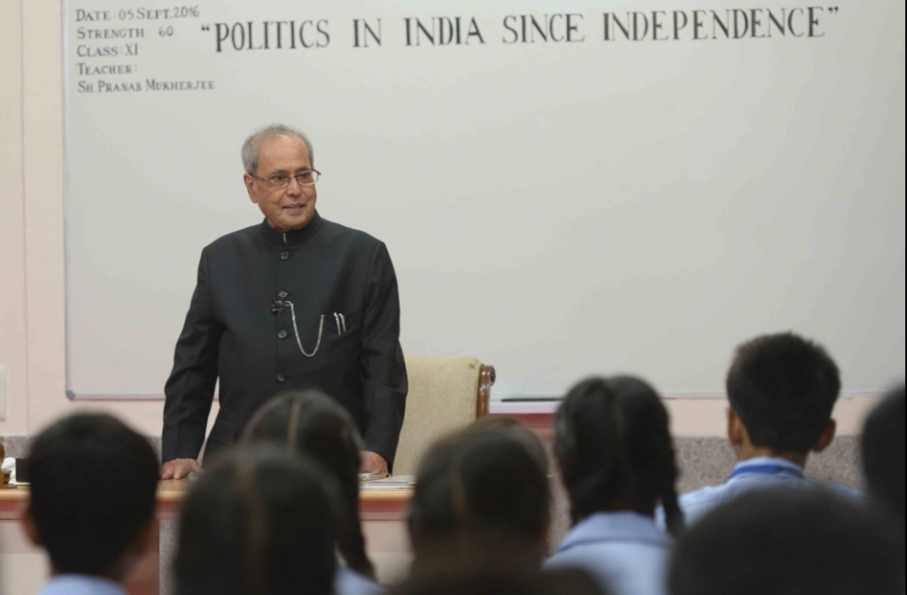 President Pranab Mukherjee Backs Modi's 'One India One Election' Idea