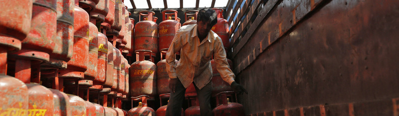 ATF Cost Up 2.6%; Non-Subsidised LPG Price Hiked by Rs 19