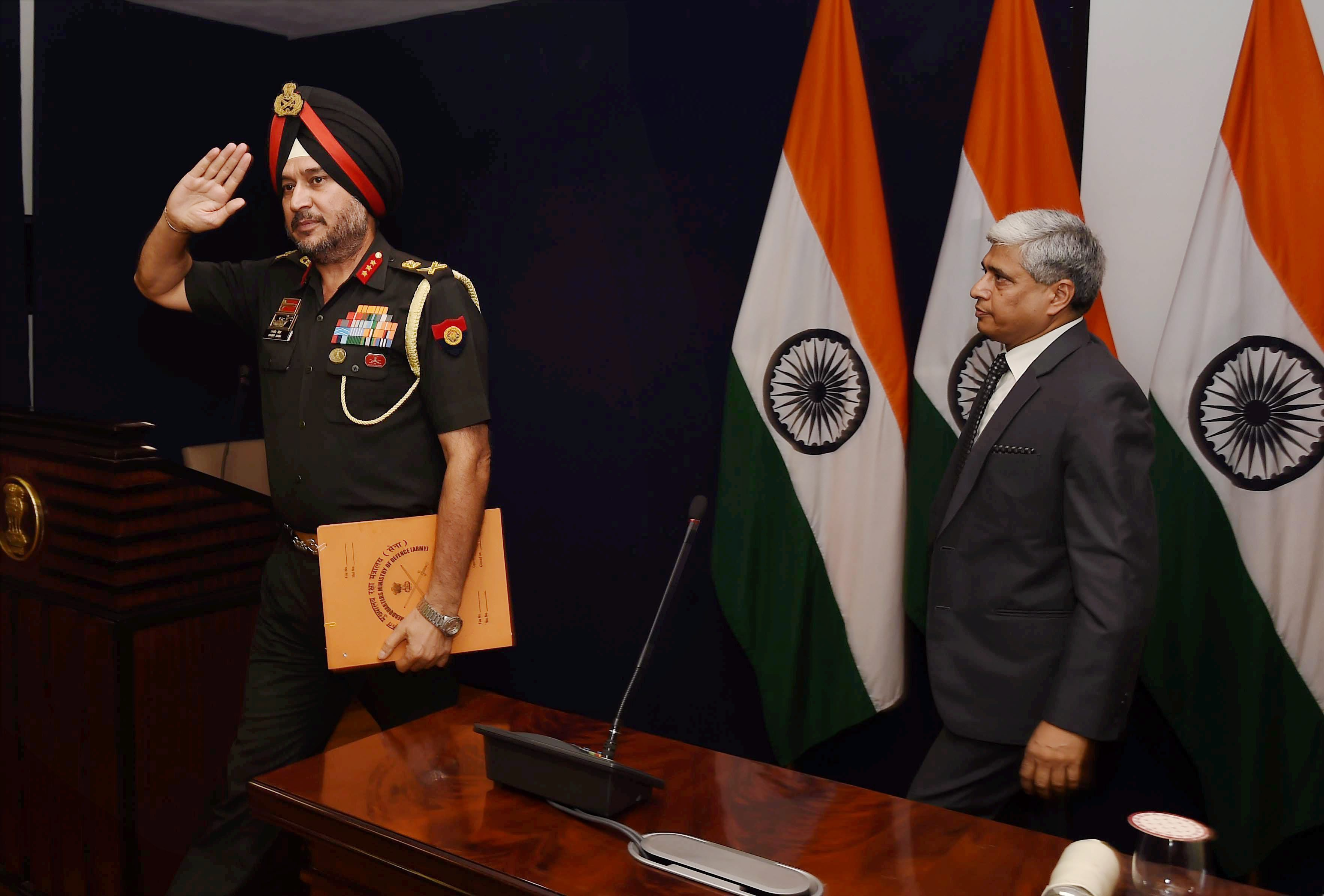 Director General Military Operations (DGMO), Ranbir Singh and external affairs ministry spokesperson Vikas Swarup address a press conference, in New Delhi on Thursday. Credit: PTI
