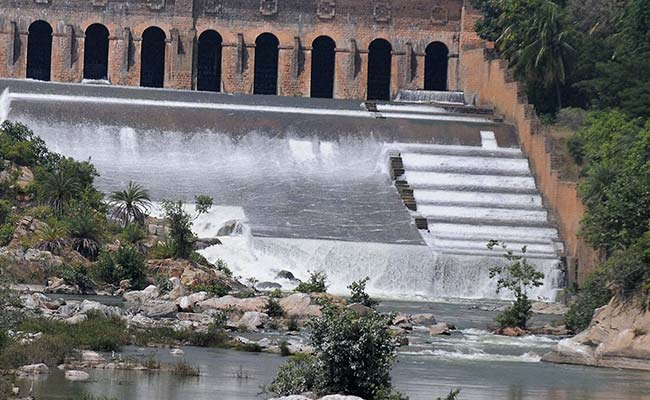 Cauvery Row: SC Cuts Amount of Water Karnataka Has to Release To Tamil Nadu