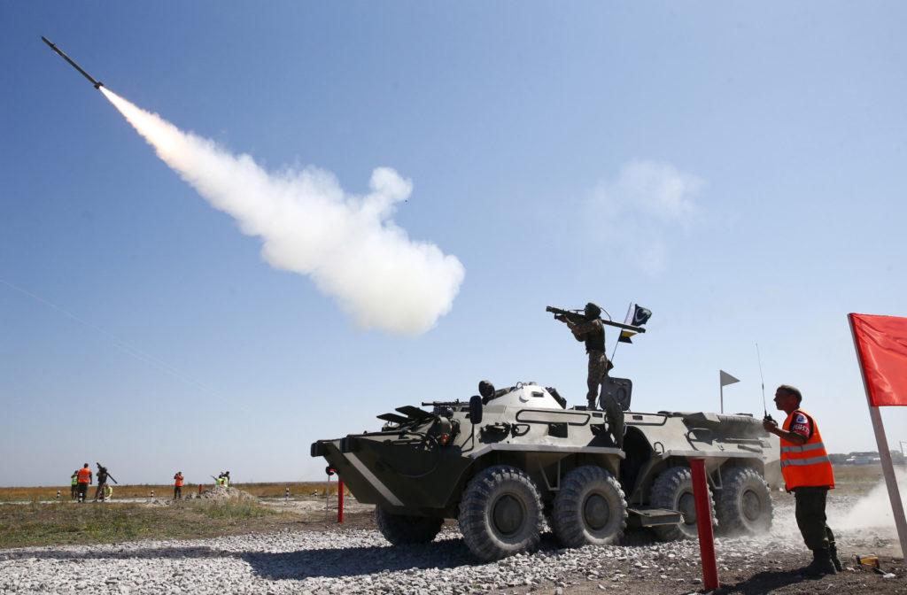 Pakistani soldier test firing an anti-aircraft weapon. Credit: Reuters
