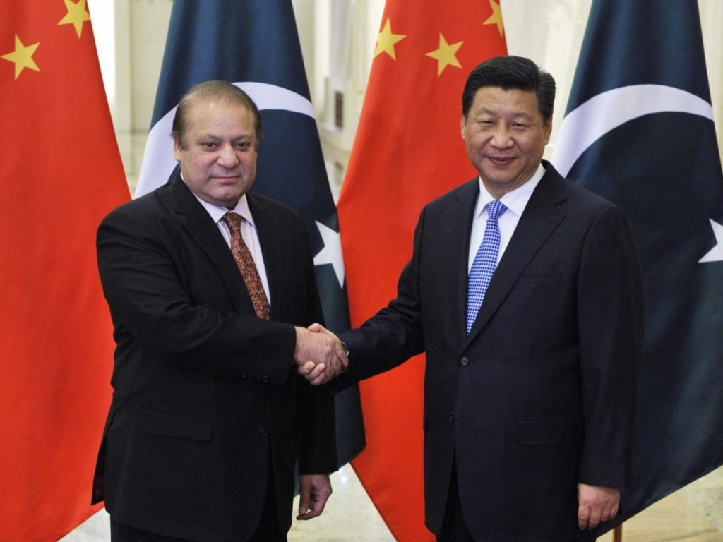 Pakistan's Prime Minister Nawaz Sharif with China's President Xi Jinping. Credit: Reuters