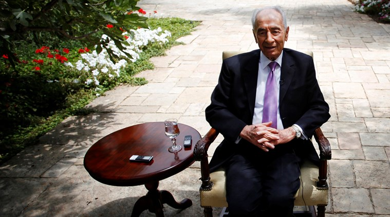 The Poet From Bombay Who Touched Shimon Peres's Heart