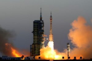 Shenzhou-11 manned spacecraft carrying astronauts Jing Haipeng and Chen Dong blasts off from the launchpad in Jiuquan, China, October 17, 2016. Credit: Reuters/ China Daily