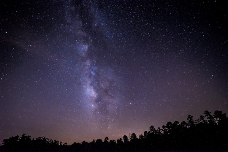 Night Sky at the Deerlick Astronomy village. Credit: Stephen Rahn/ Flickr CC BY-NC 2.0