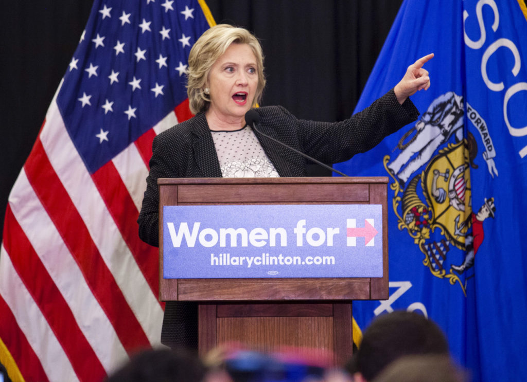"Democratic presidential candidate Hillary Clinton speaks at a ""Women for Hillary"" meeting in Milwaukee, Wisconsin September 10, 2015. Credit: Reuters"