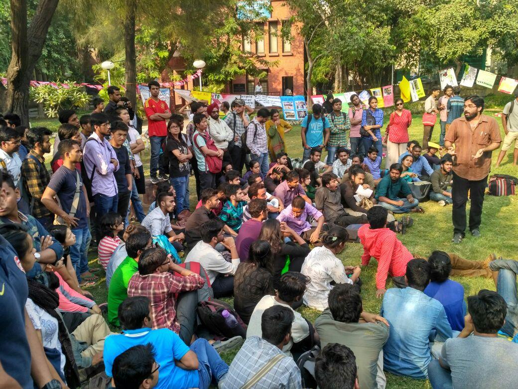 ABVP Allegedly Attacks Delhi University Students, Journalist at Public Meeting