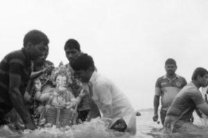 Idol immersion in Mumbai. Credit: Shome Basu