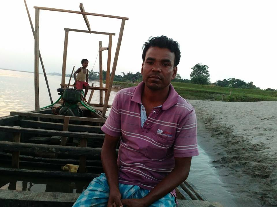 Abdul Mazid, the boatman on Assam that so many trust. Credit: thirdpole.net/Teresa Rehman