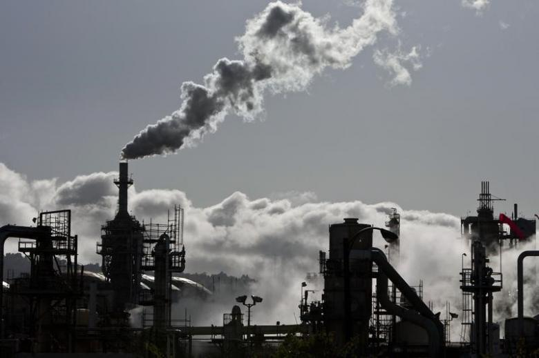 18% Highly Polluting Industries Not Complying with Emissions Standards: Govt