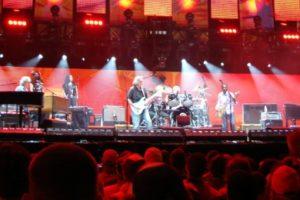 Eric Clapton concert. Credit: Alex G/Flickr, CC BY 2.0)