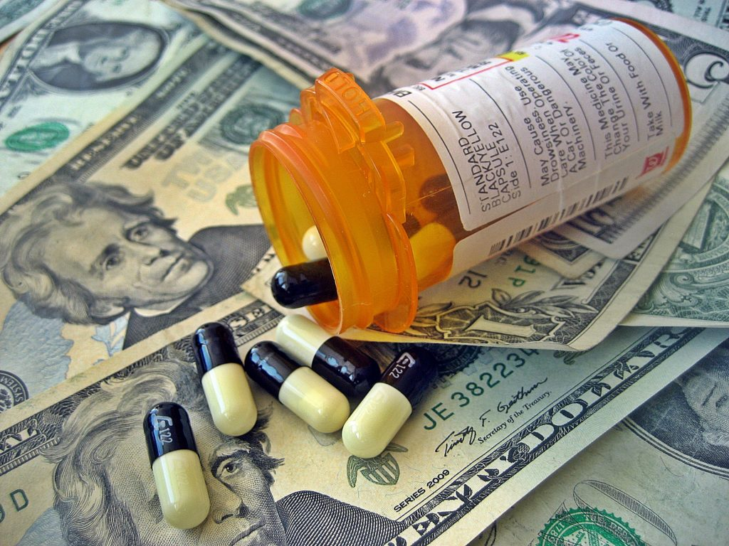 American healthcare costs. Credit: Images Money/Flickr, CC BY 2.0