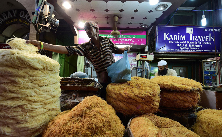 File picture of a seller of vermicelli in Hyderabad. Credit: PTI