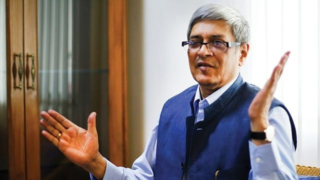 Fact Check: Niti Aayog Member Bibek Debroy's Claim on Counterfeit Notes
