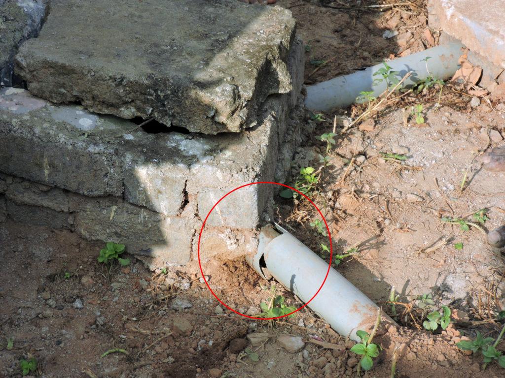 Broken pipe of an ODF toilet in Dhamtari, Chhattisgarh. Credit: Ajay T.G.