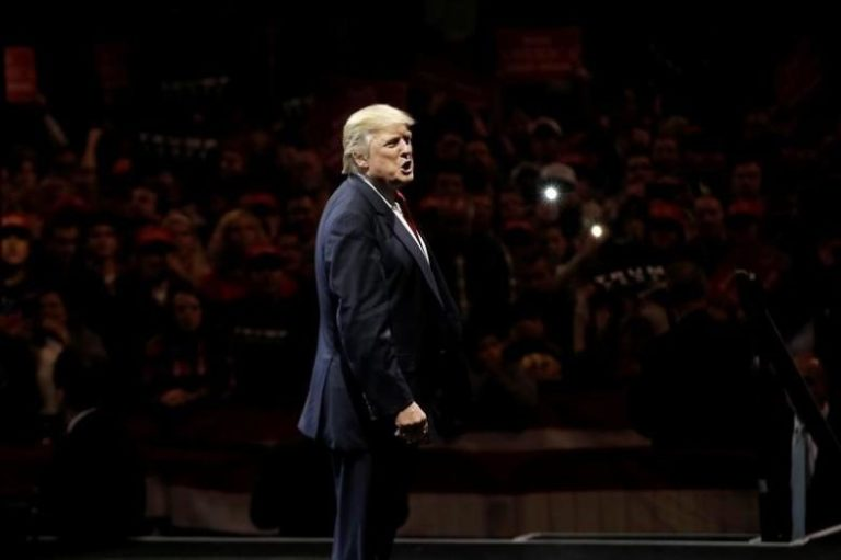 US President-elect Donald Trump appears at a USA Thank You Tour event at U.S. Bank Arena in Cincinnati, Ohio, US, December 1, 2016. Credit: Reuters/Mike Segar