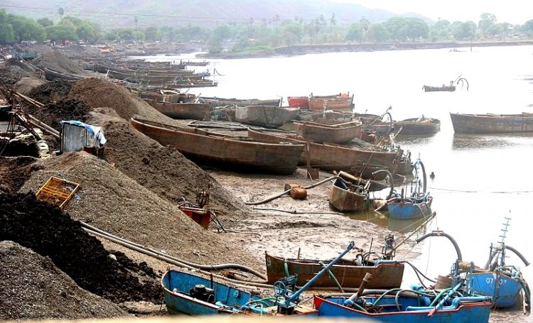Madras High Court Lobs Illegal Beach Sand Mining Ball in Centre's Court