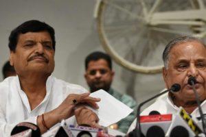 File photo of Shivpal Yadav (left) and samajwadi Party supremo Mulayam Singh Yadav. Credit: PTI