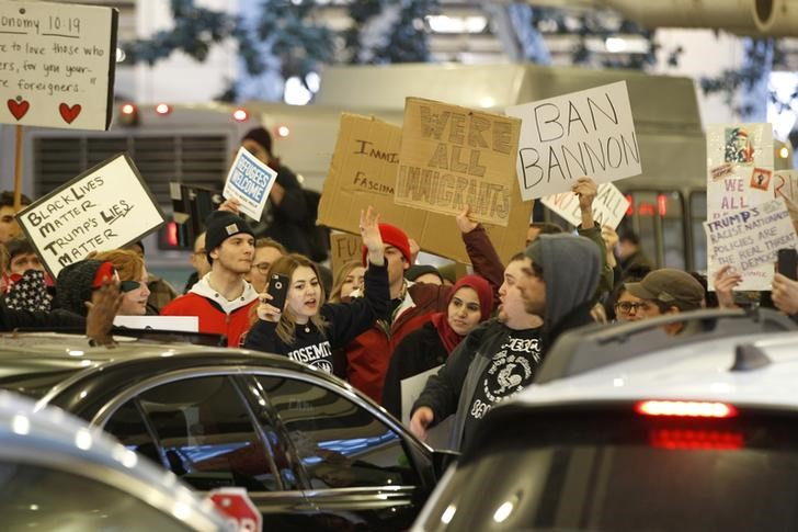 Activists gather at Portland International Airport to protest against President Donald Trump's executive action travel ban in Portland, Oregon, US January 29, 2017. Credit: Reuters/Steve Dipaola