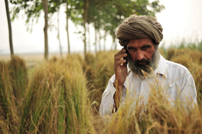 The farming app will help farmers plan cultivation better. Credit: CIAT/Flickr CC BY-SA 2.0