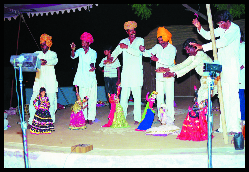 A puppetry performance in a village in Ajmer district. Credit: Babulal Naga