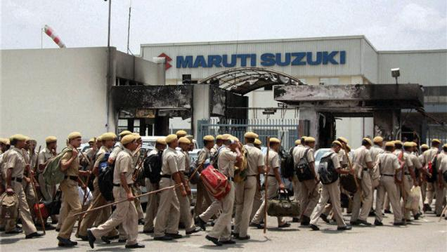 Police outside the Maruti factory in Manesar soon after the incident in 2012. Credit: PIT/Files