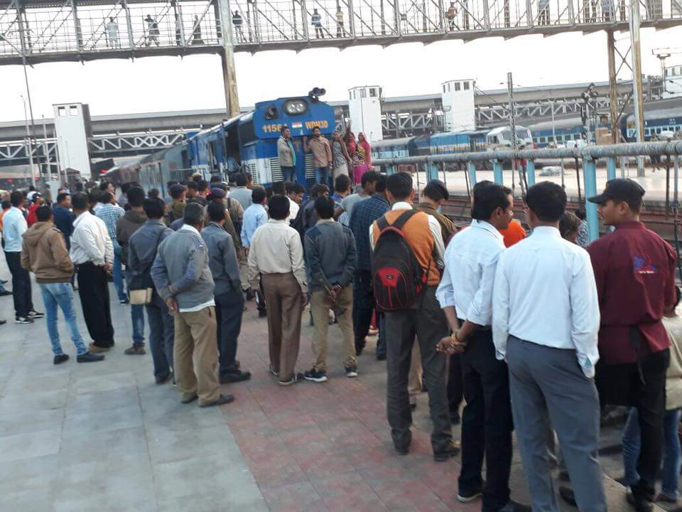 Dalit leader Jignesh Mevani organised a 'rail roko' on January 11 that delayed the Rajdhani express by 20 minutes. Credit: Damayantee Dhar