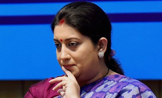 Smriti Irani Gets Additional Charge of I&B Ministry, Tomar Given Urban Affairs