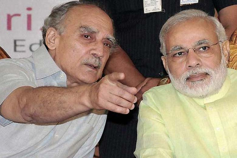 In happier days. Arun Shourie and Narendra Modi. Credit: PTI