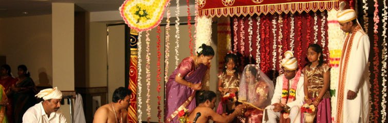 A Hindu wedding ceremony. Credit: Ilkerender/Flickr, CC BY 2.0